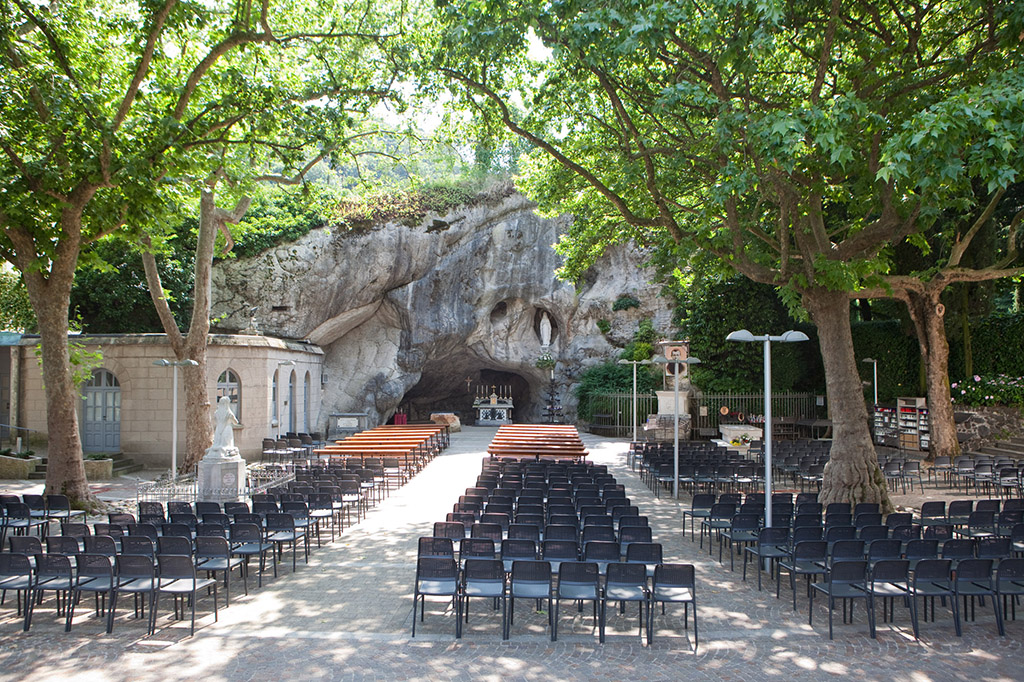 Grotta di Lourdes Chiampo